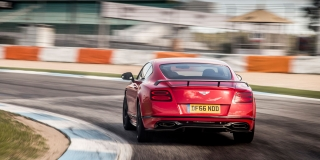 bentley_continental_supersports_2017_18