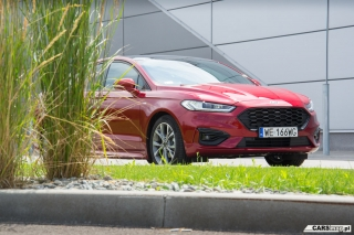 ford-mondeo-st-line-2019-05