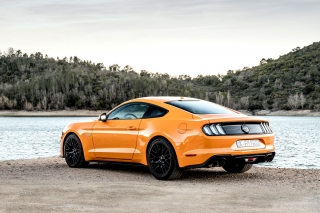 ford-mustang-2018-02