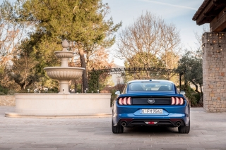 ford-mustang-2018-13