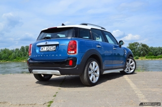 mini-countryman-cooper-d-all4-2017-02