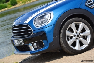 mini-countryman-cooper-d-all4-2017-05