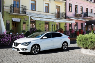 renault_megane_ grand_coupe_01