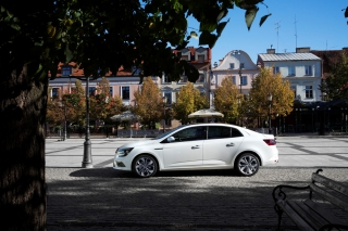 renault_megane_ grand_coupe_03