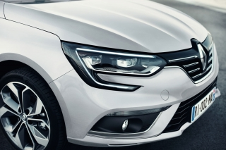 renault_megane_ grand_coupe_05