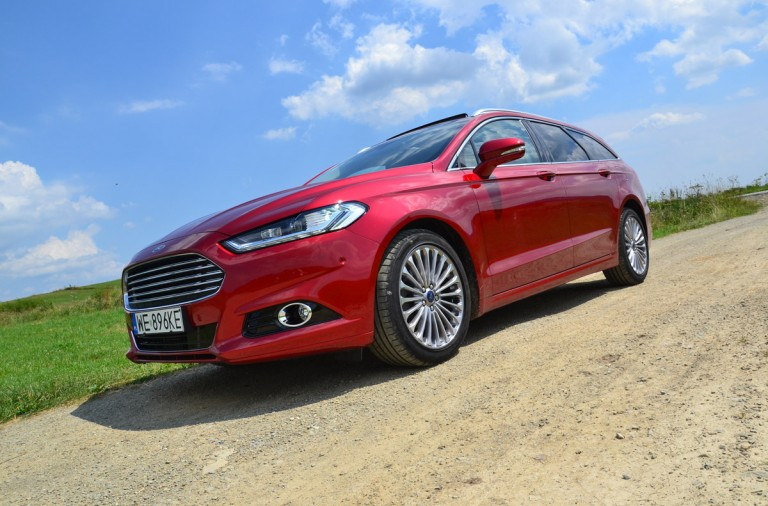 ford_mondeo_2016_01